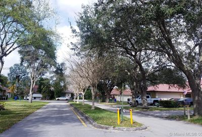 10403 NW 10th Ct Coral Springs FL 33071