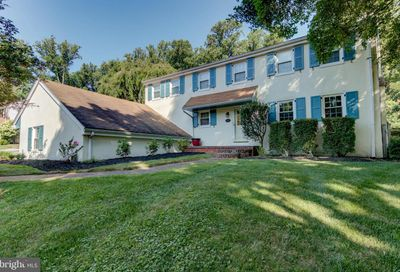 893 Hollow Road Wayne PA 19087