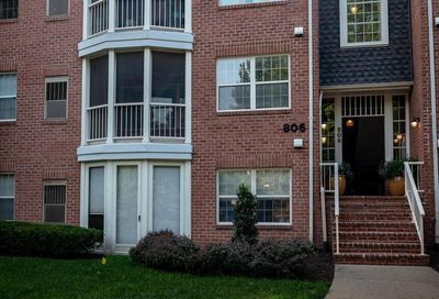 806 Amber Tree Court 8096-302 Gaithersburg MD 20878