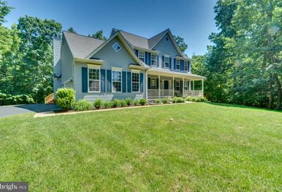 89 Gentle Breeze Circle Fredericksburg VA 22406