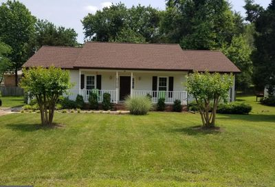 25 English Oak Circle Fredericksburg VA 22408