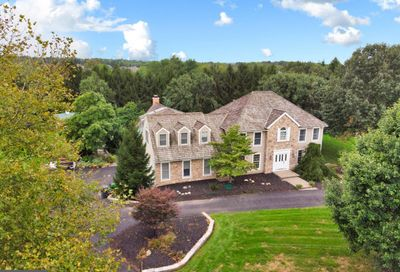 206 Heron Court Washington Crossing PA 18977