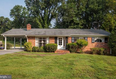 1 Pinebrook Court Silver Spring MD 20905