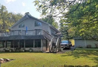 521 Rudolph Lane Great Cacapon WV 25422
