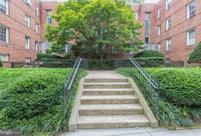 2802 Devonshire NW Place 205 Washington DC 20008