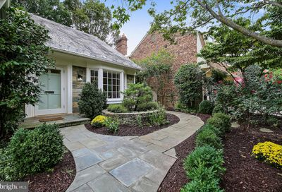4426 Chalfont Place Bethesda MD 20816