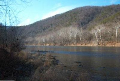 13178 Low Line Road Great Cacapon WV 25422