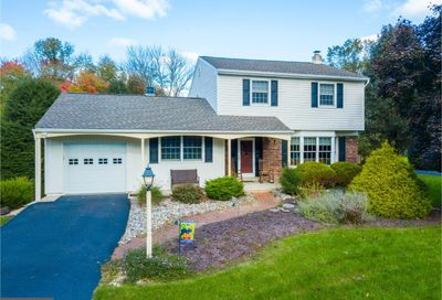 13 Walden Way Chalfont PA 18914
