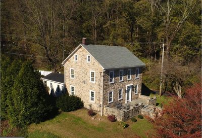 107 Easton Road Riegelsville PA 18077