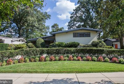 5417 Surrey Street Chevy Chase MD 20815