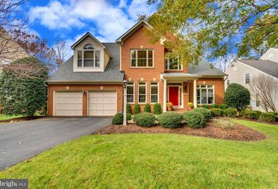 11318 Woodbrook Lane Reston VA 20194