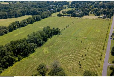 6095 Stovers Mill Road Lot #8 Doylestown PA 18901