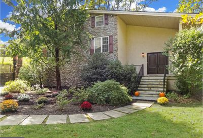 912 Greene Countrie Drive West Chester PA 19380