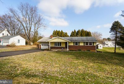 4871 Orchard Drive Center Valley PA 18034