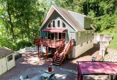 241 Spring Hill Road Riegelsville PA 18077