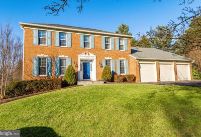 1280 Towlston Road Great Falls VA 22066