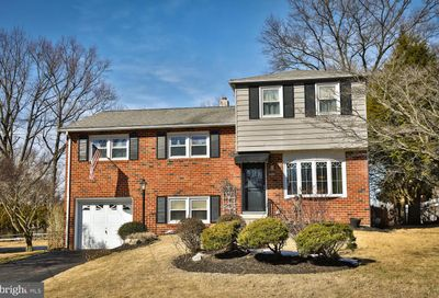 648 Old Schoolhouse Drive Springfield PA 19064