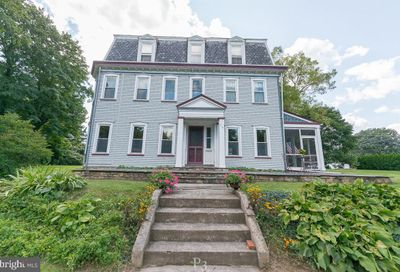 719 Easton Road Riegelsville PA 18077