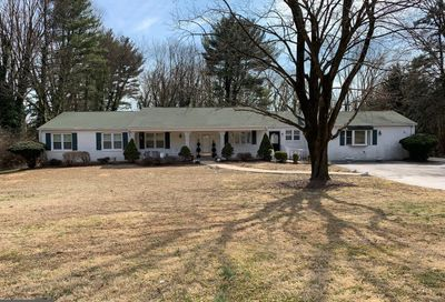 6 Todmorden Drive Rose Valley PA 19086