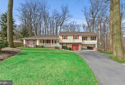 22 Echo Valley Drive New Providence PA 17560
