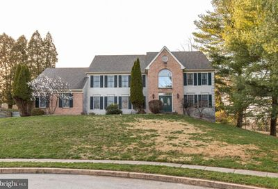 6 Dara Circle Broomall PA 19008