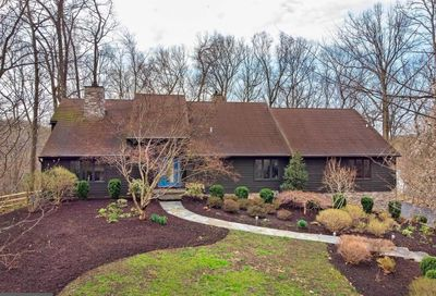 10 Top Of The Oaks Chadds Ford PA 19317