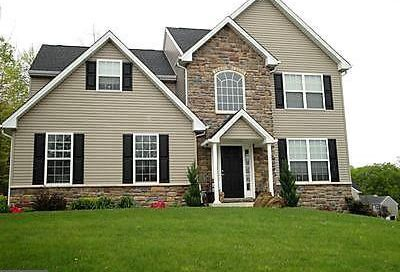 1023 Victor Drive East Greenville PA 18041