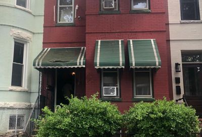 53 Quincy NE Place Washington DC 20002