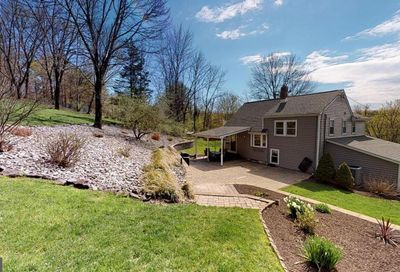 16 Laurie Hill Road Ottsville PA 18942