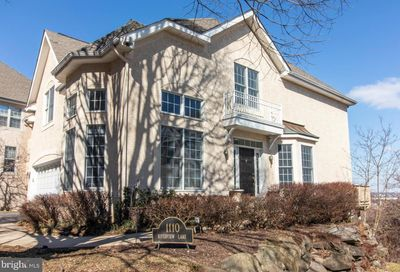 1110 Riverview Lane Conshohocken PA 19428