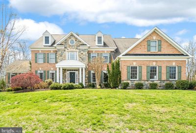 5806 Ridings Manor Place Centreville VA 20120