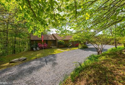 1451 Sugarloaf Mountain Road Dickerson MD 20842