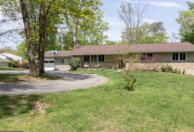 5 Fox Run Lane Newtown Square PA 19073