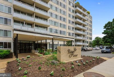 1301 S Arlington Ridge Road 108 Arlington VA 22202