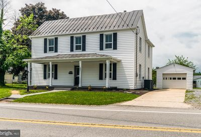 681 Jefferson Avenue Charles Town WV 25414