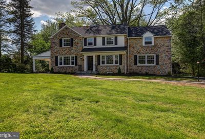 240 Arden Road Broomall PA 19008