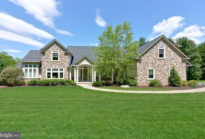 140 S Buttonwood Street Macungie PA 18062