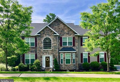 1044 Victor Drive East Greenville PA 18041