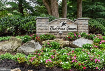 302 Old Forge Crossing Devon PA 19333