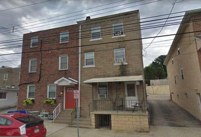 213 Maple Street Conshohocken PA 19428