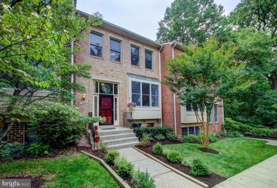4922 Cloister Drive North Bethesda MD 20852