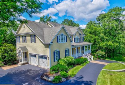 2 Ivy Hill Court Hunt Valley MD 21030