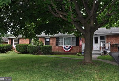 312 Red Hill N Road Martinsburg WV 25401