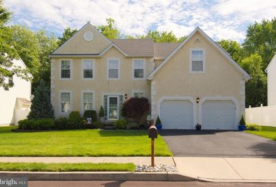 383 Essex Court Perkasie PA 18944