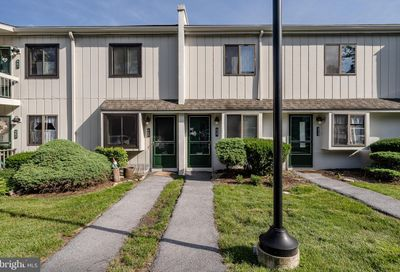 459 Summit House West Chester PA 19382