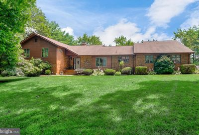 4211 Navajo Drive Westminster MD 21157