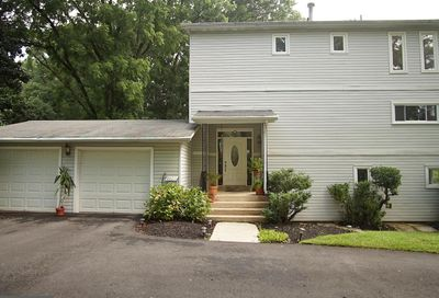 2005 Dundee Road Rockville MD 20850