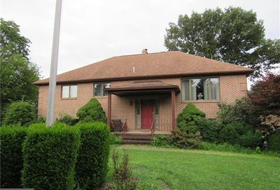1890 Highpoint Road Coopersburg PA 18036
