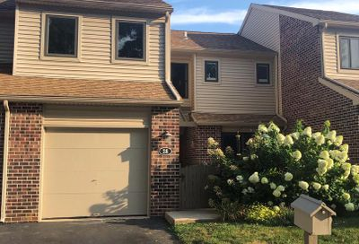 28 Stirling Court Chesterbrook PA 19087