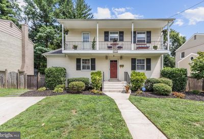 8813 Brierly Road Chevy Chase MD 20815